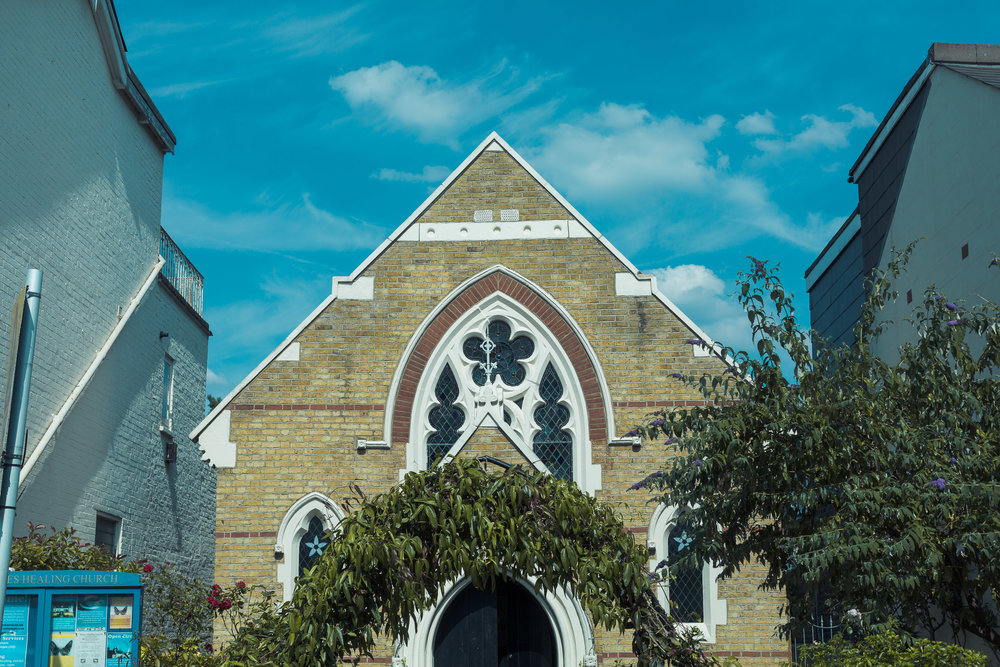 barnes-healing-church-coach-and-horses-wedding-006.jpg