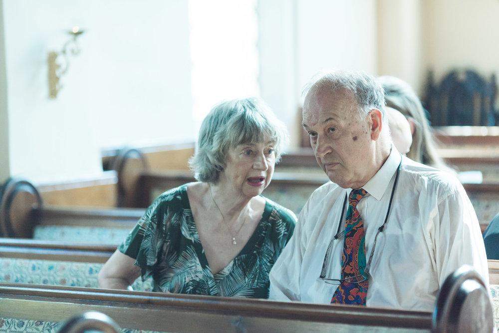barnes-healing-church-coach-and-horses-wedding-015.jpg