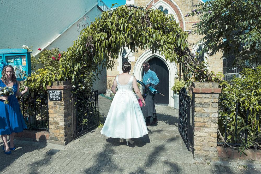 barnes-healing-church-coach-and-horses-wedding-026.jpg