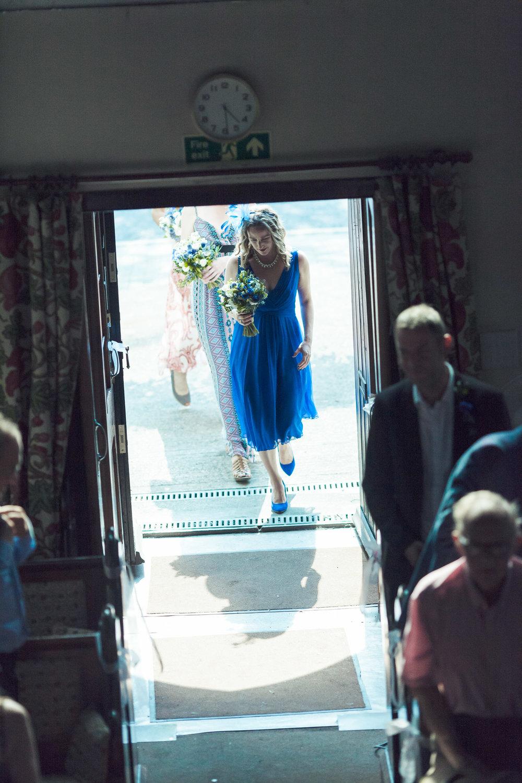 barnes-healing-church-coach-and-horses-wedding-046.jpg