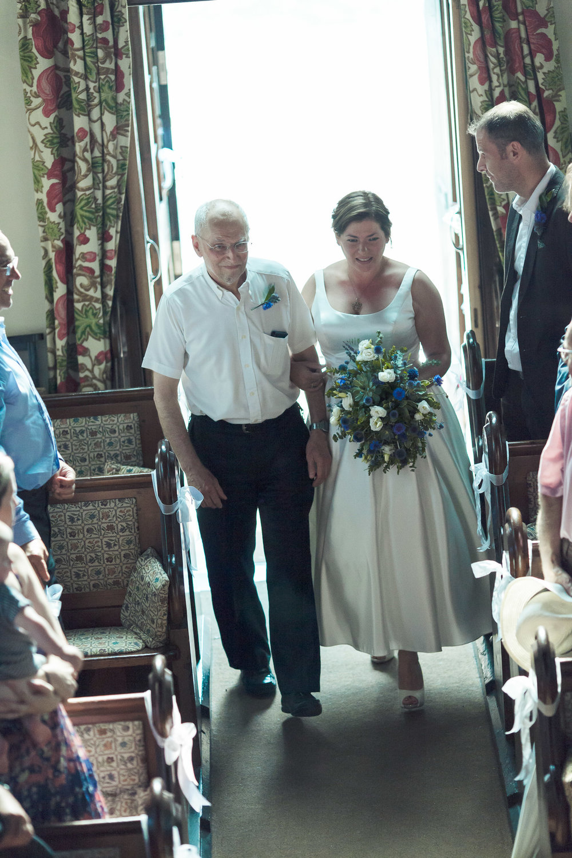 barnes-healing-church-coach-and-horses-wedding-051.jpg