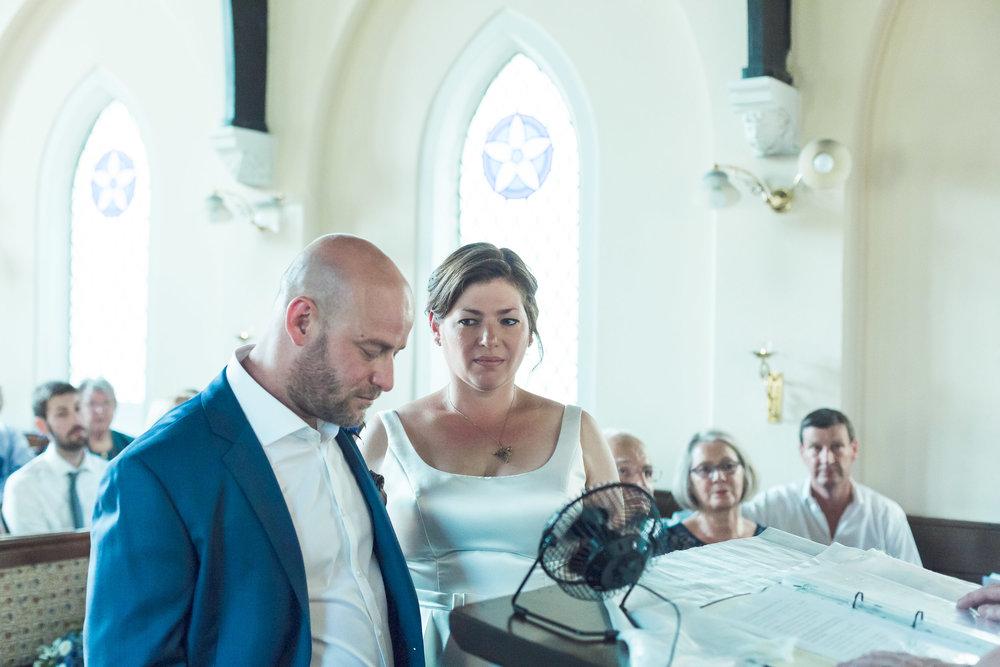 barnes-healing-church-coach-and-horses-wedding-060.jpg