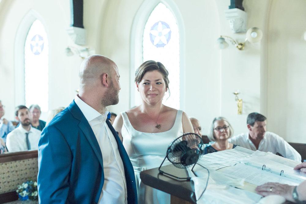 barnes-healing-church-coach-and-horses-wedding-059.jpg