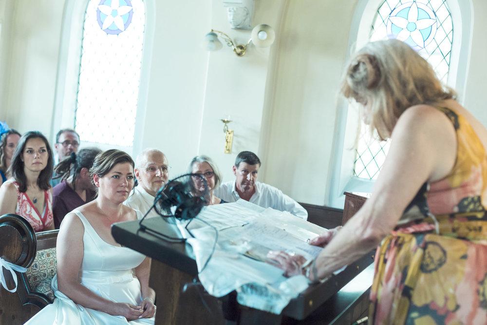 barnes-healing-church-coach-and-horses-wedding-070.jpg