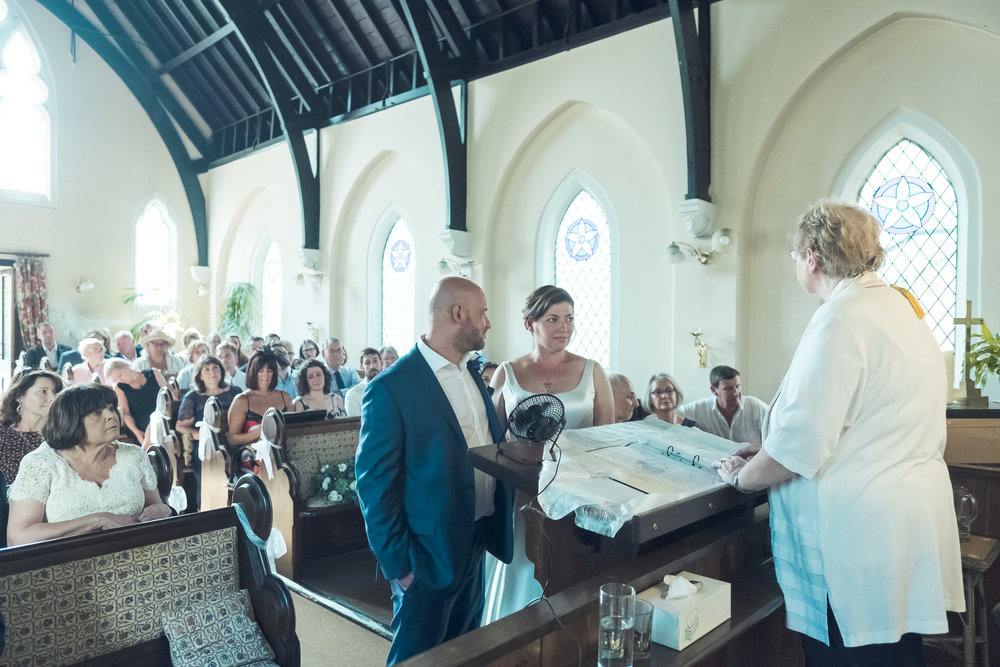 barnes-healing-church-coach-and-horses-wedding-076.jpg
