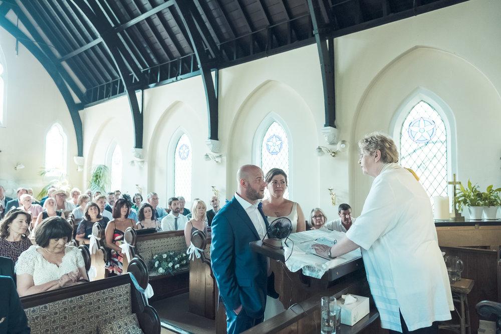 barnes-healing-church-coach-and-horses-wedding-078.jpg