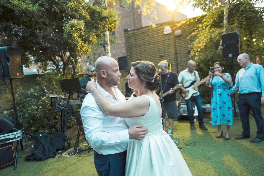 barnes-healing-church-coach-and-horses-wedding-346.jpg