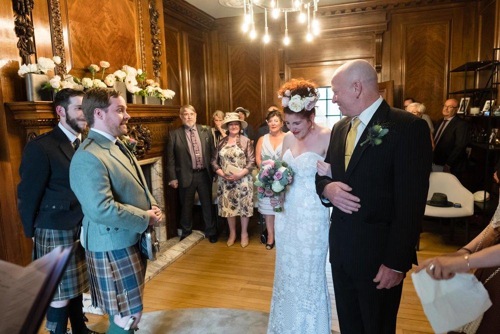 marylebone-town-hall-regents-park-ivy-chelsea-garden-wedding-029.jpg