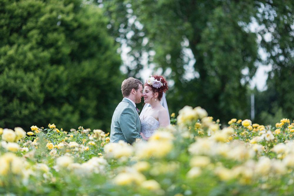 marylebone-town-hall-regents-park-ivy-chelsea-garden-wedding-254.jpg