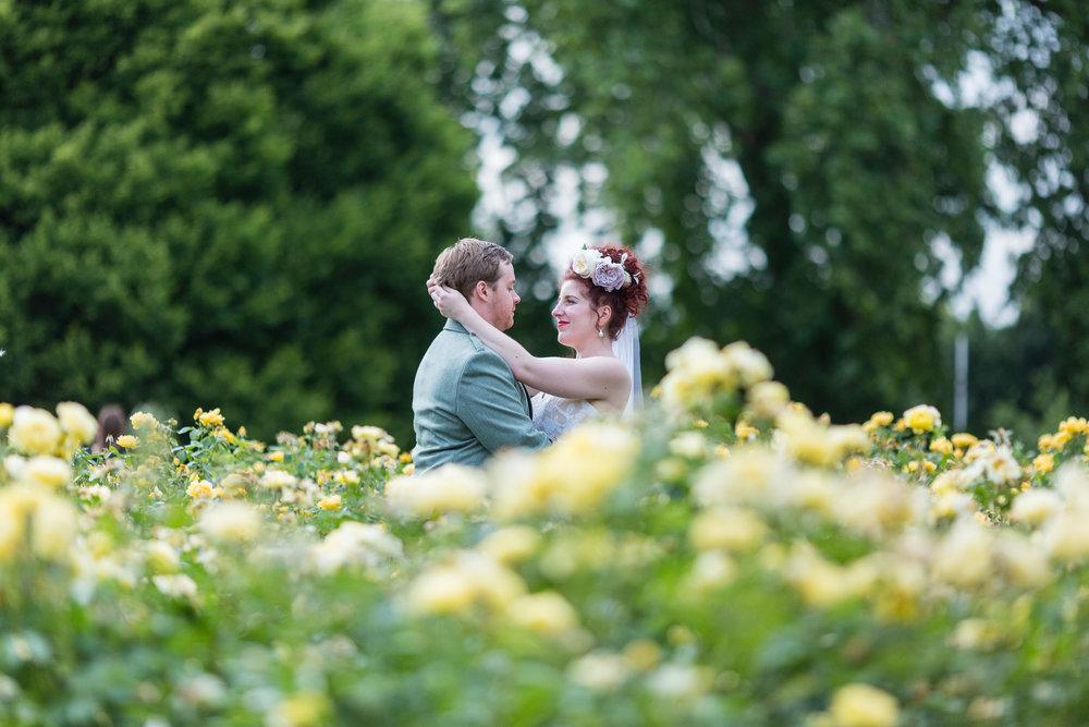marylebone-town-hall-regents-park-ivy-chelsea-garden-wedding-257.jpg