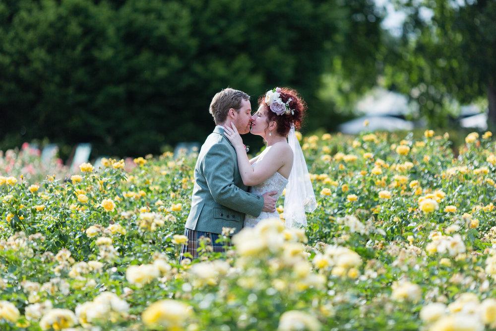marylebone-town-hall-regents-park-ivy-chelsea-garden-wedding-260.jpg