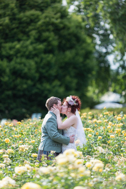 marylebone-town-hall-regents-park-ivy-chelsea-garden-wedding-259.jpg