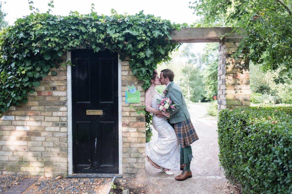 marylebone-town-hall-regents-park-ivy-chelsea-garden-wedding-264.jpg