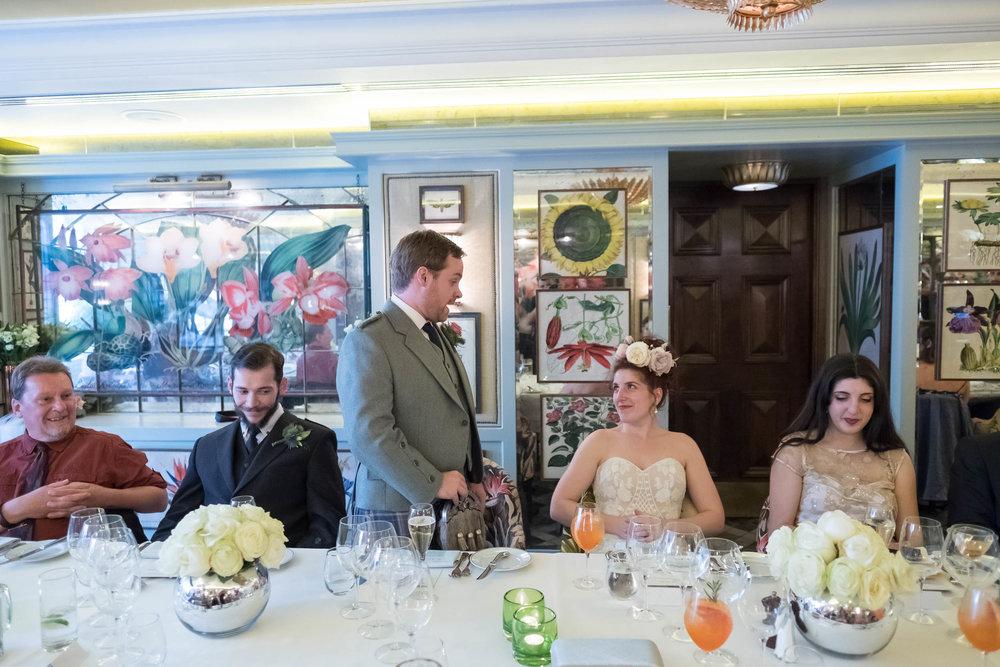 marylebone-town-hall-regents-park-ivy-chelsea-garden-wedding-313.jpg