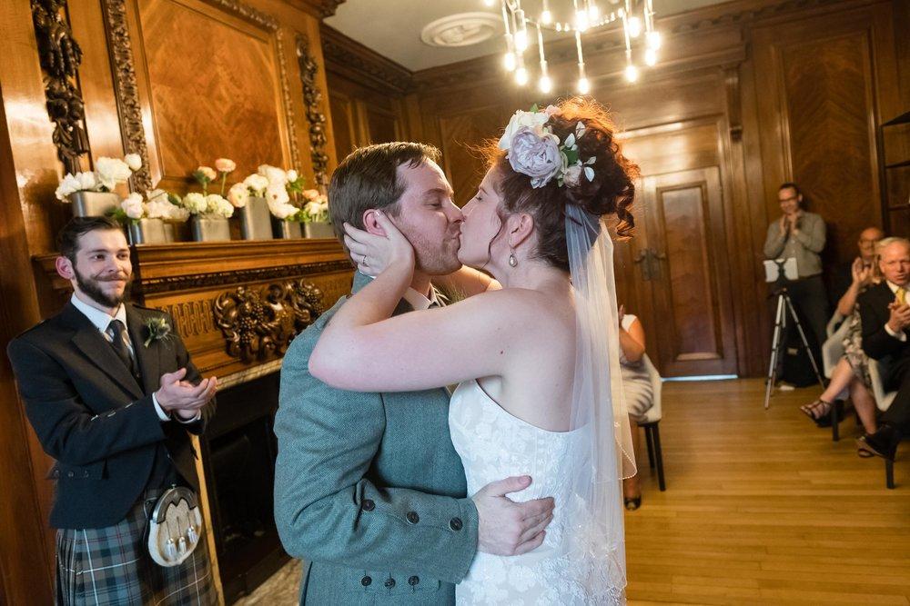 marylebone-town-hall-regents-park-ivy-chelsea-garden-wedding-088.jpg