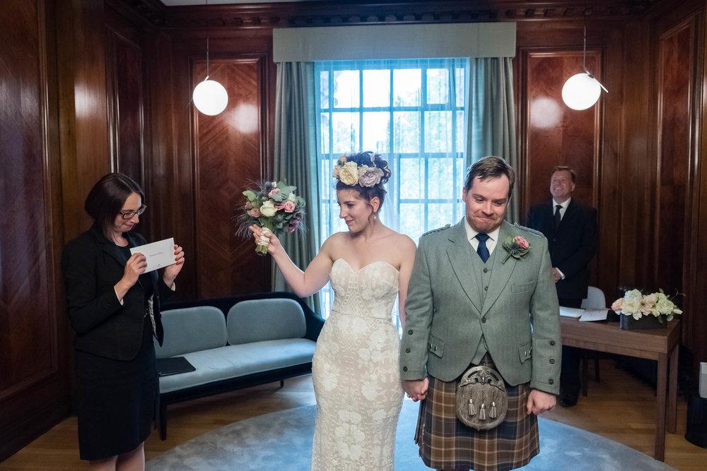 marylebone-town-hall-regents-park-ivy-chelsea-garden-wedding-102.jpg
