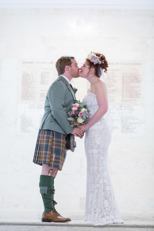 marylebone-town-hall-regents-park-ivy-chelsea-garden-wedding-140.jpg