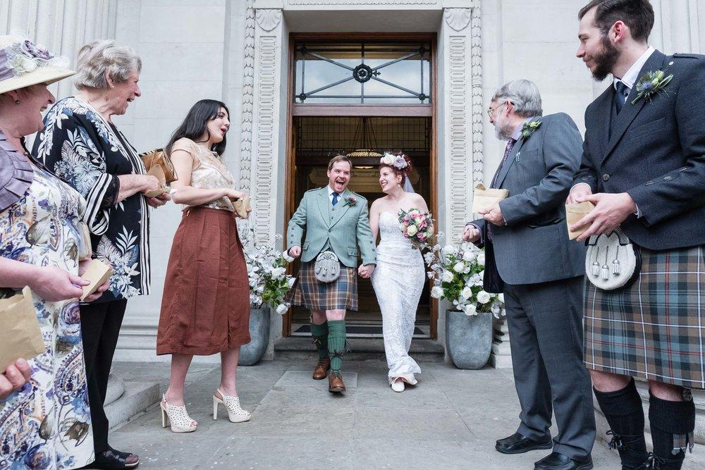 marylebone-town-hall-regents-park-ivy-chelsea-garden-wedding-143.jpg