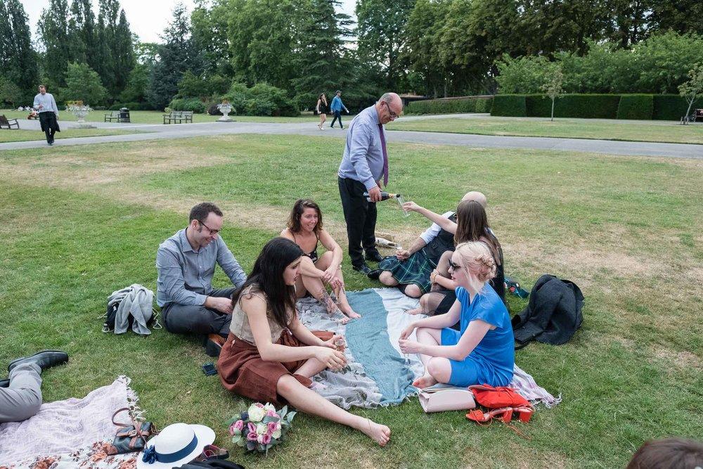 marylebone-town-hall-regents-park-ivy-chelsea-garden-wedding-203.jpg
