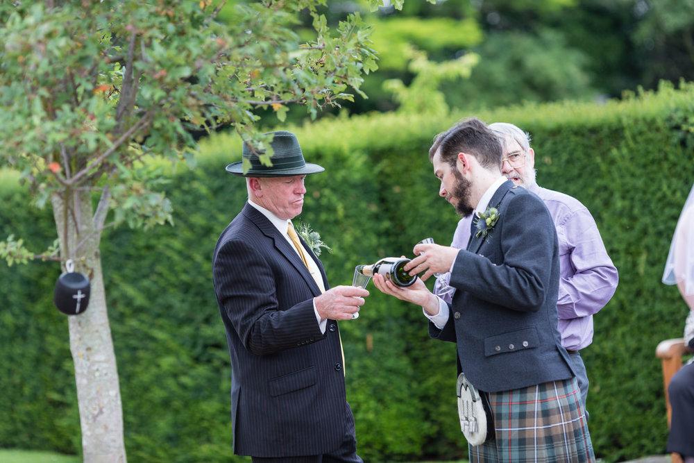 marylebone-town-hall-regents-park-ivy-chelsea-garden-wedding-209.jpg