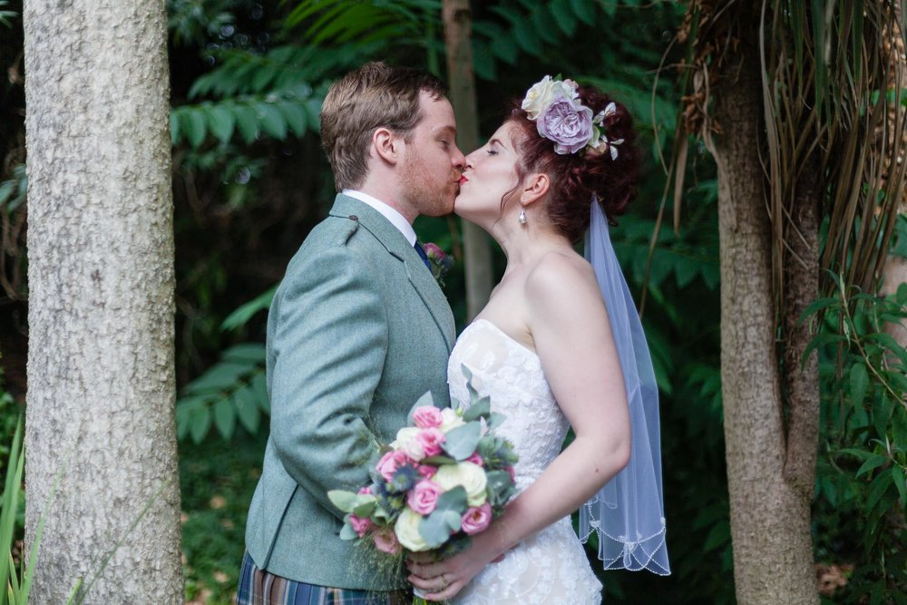 marylebone-town-hall-regents-park-ivy-chelsea-garden-wedding-247.jpg