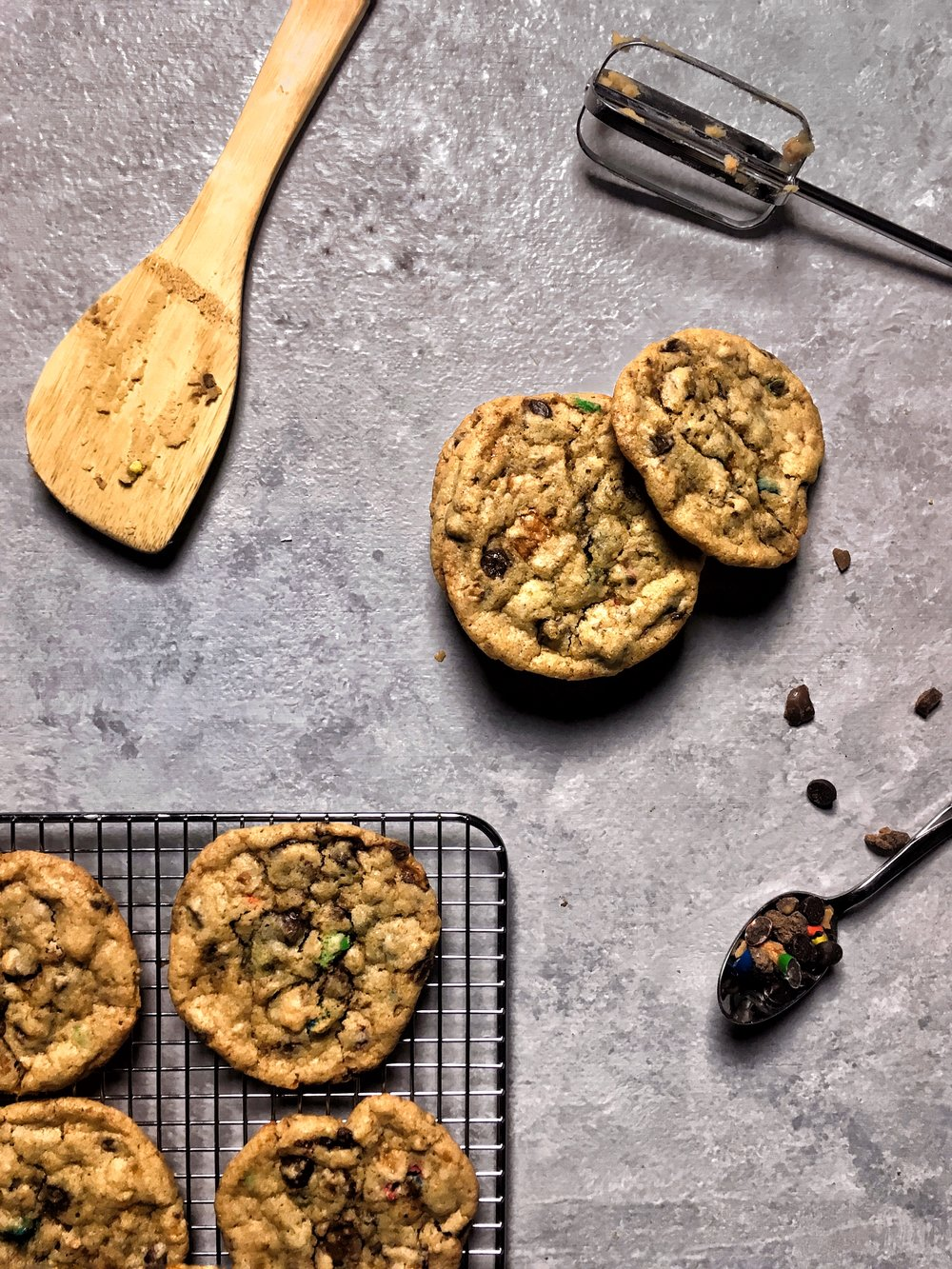 Candy Bar Chocolate Chip Cookies - Brad & Butter | Feb 18, 2019