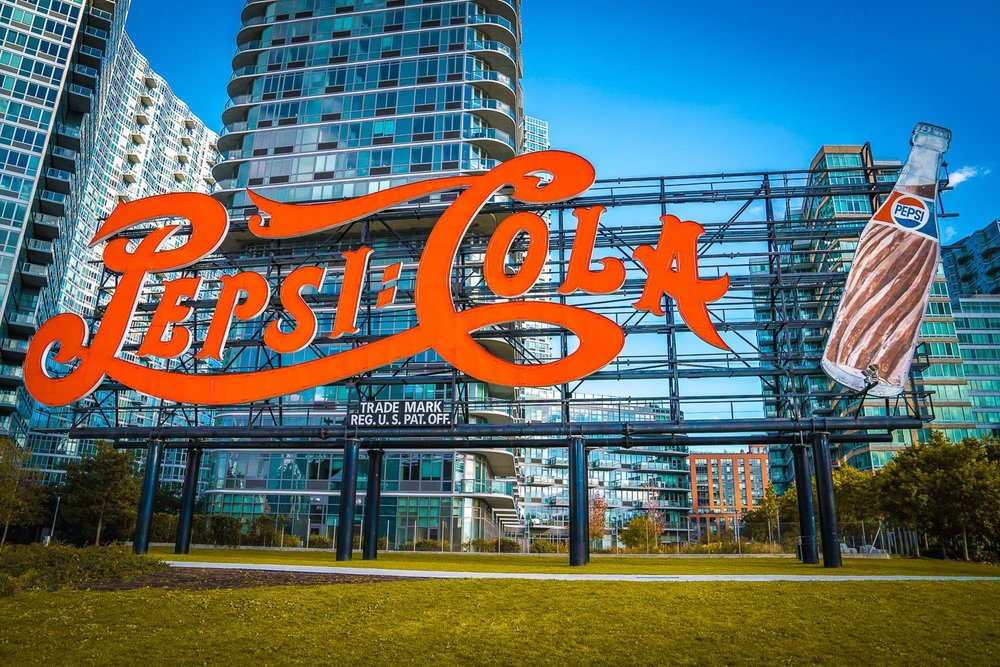 <strong>#5:</strong> Pepsi-Cola Sign