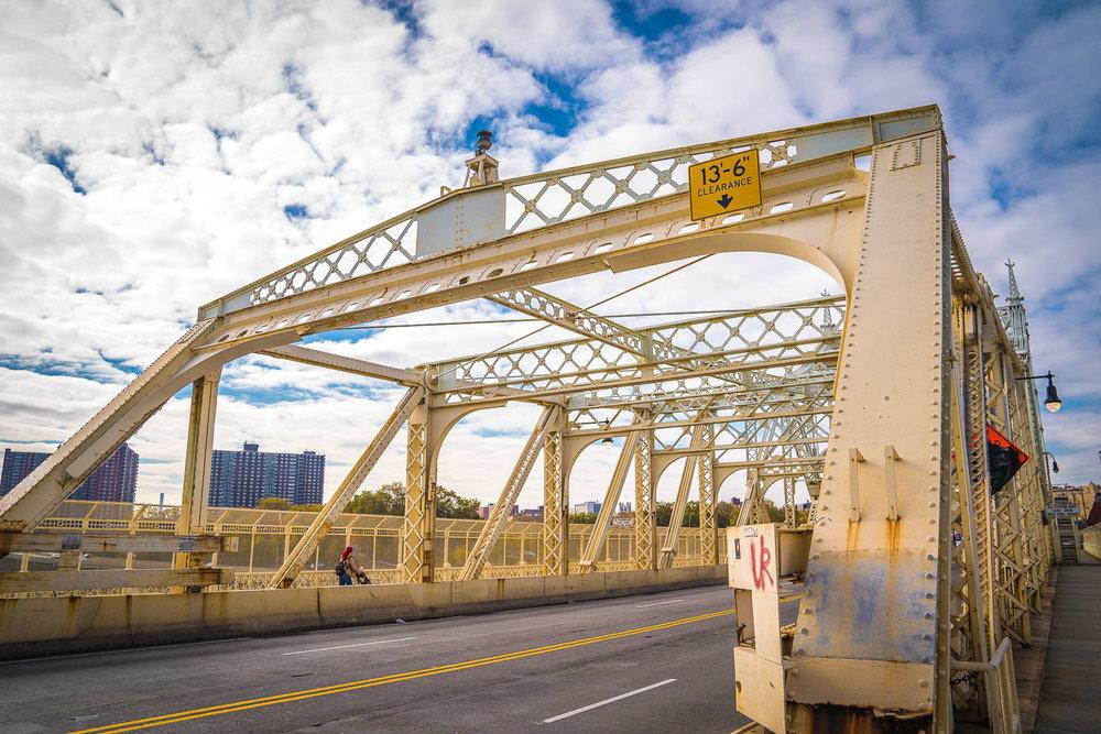<strong>#4:</strong> Macombs Dam Bridge