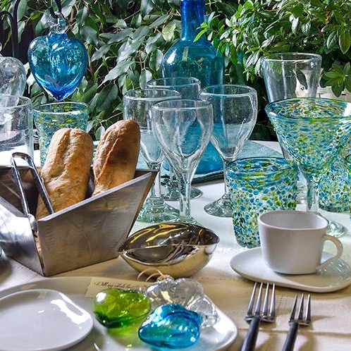Orion - Glassware, Ceramic Plates, Buffet itemsHandmade Mexican glass barware, ceramic tableware, banquet & buffet items,wine buckets & stands, platters, trays, serving bowls and more.