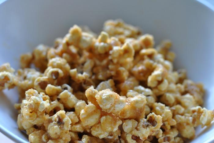 caramel chilli popcorn