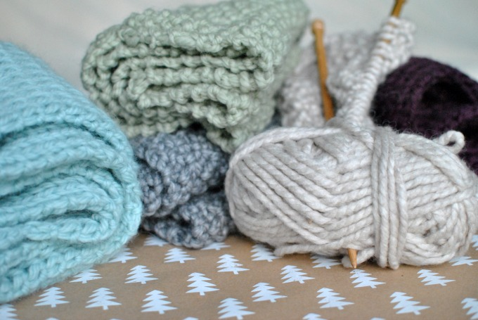 How to Knit a Snood // Amy Elizabeth