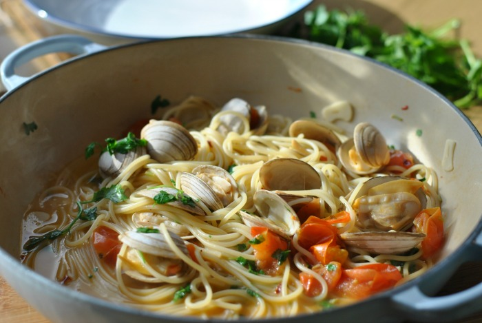 Spaghetti Vongole // Amy Elizabeth