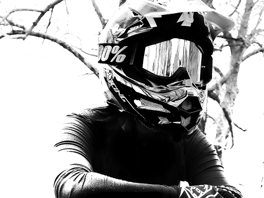 GEAR-LAUREN 1000bw2.jpg
