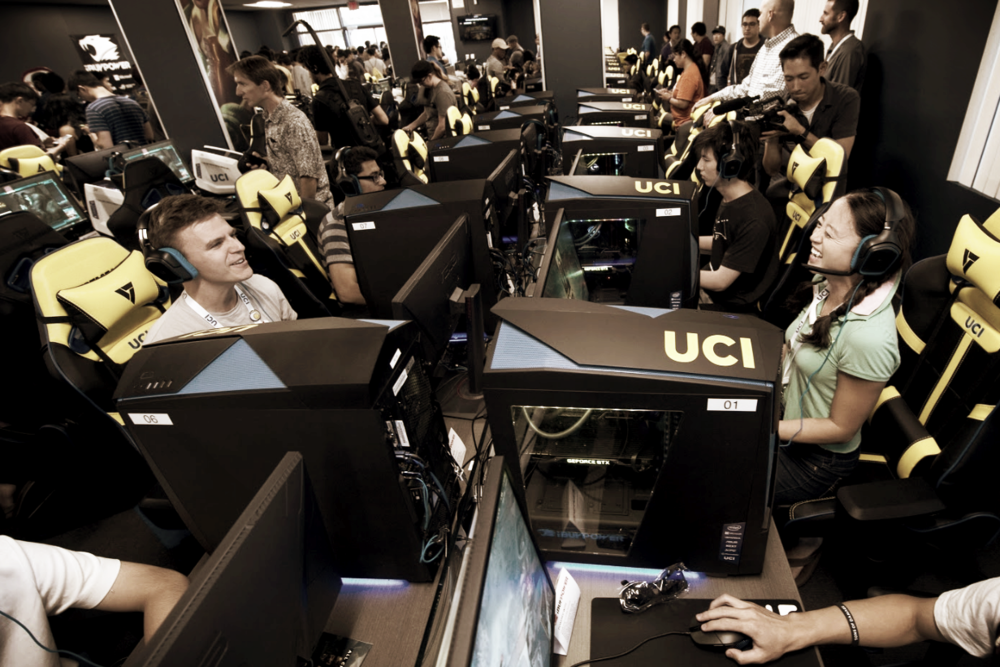 Connecting Esports -