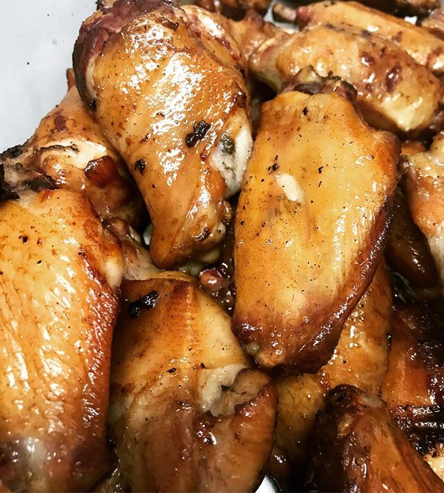 Have you tried our chicken wings yet?? Y'all gotta get in Miss delta BBQ and try these...brined with salt, brown sugar and garlic for 24 hours, slow smoked for 2 hours and fried to order!! Toss them with our BBQ sauce or Ol' recipe hot sauce and man oh man!! 2226 NE Broadway  971-888-4005