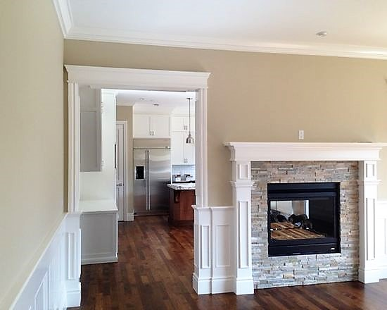 d4213ec8028e9895_2389-w550-h440-b0-p0--craftsman-family-room.jpg
