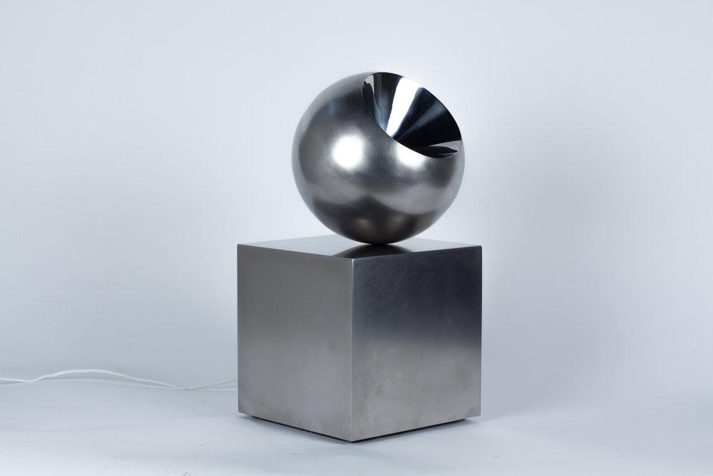 Cône dans une sphère sur un cube , Stainless steel, motor, magnet, 16 x 8 x 8 in., 1972, Edition 2 of 8