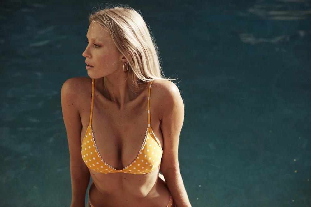Acapulco Bralette & Cheeky Pant Mango 6.jpg