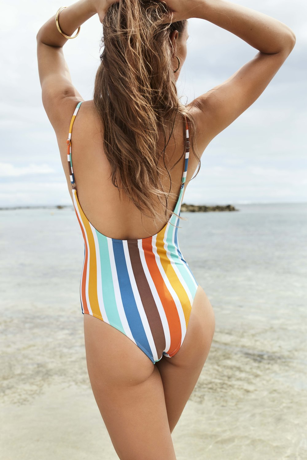 Zimbabwe Scoop One Piece Tangelo 2.jpg