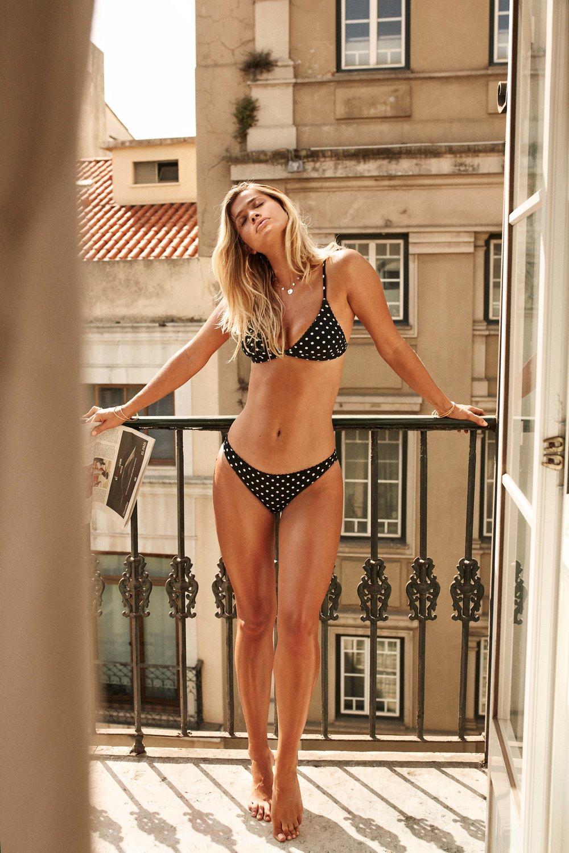 Acapulco Bralette Top & Cheeky Pant Black 1.jpg