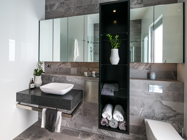 Bathroom design By Urban