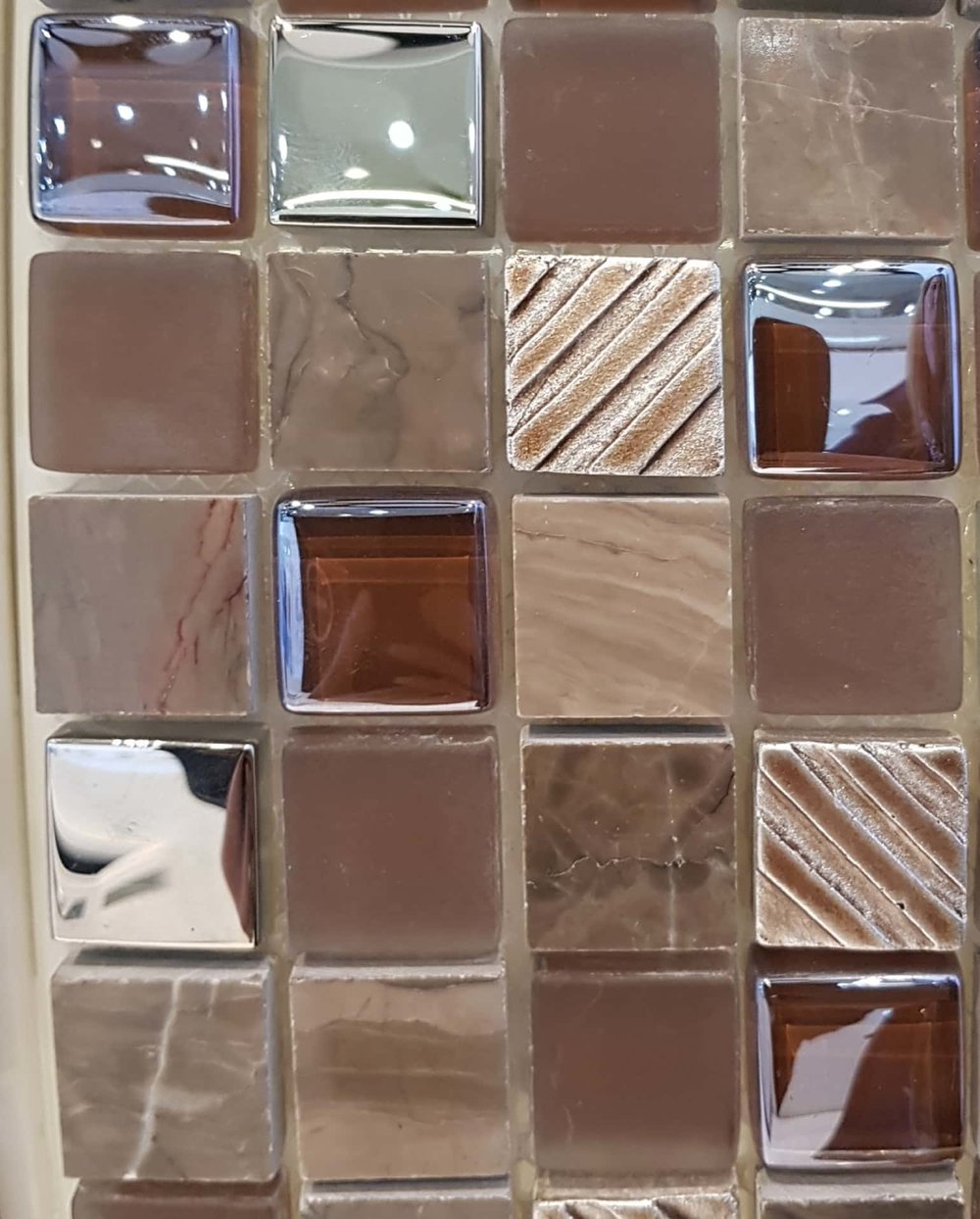 6304 CHOCOLATE 50 GLASS MOSAIC (23x23x8mm) (300x300sht).jpg