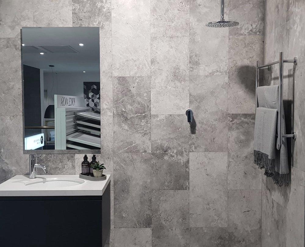 Fior di bosco grigio bathroom.jpg