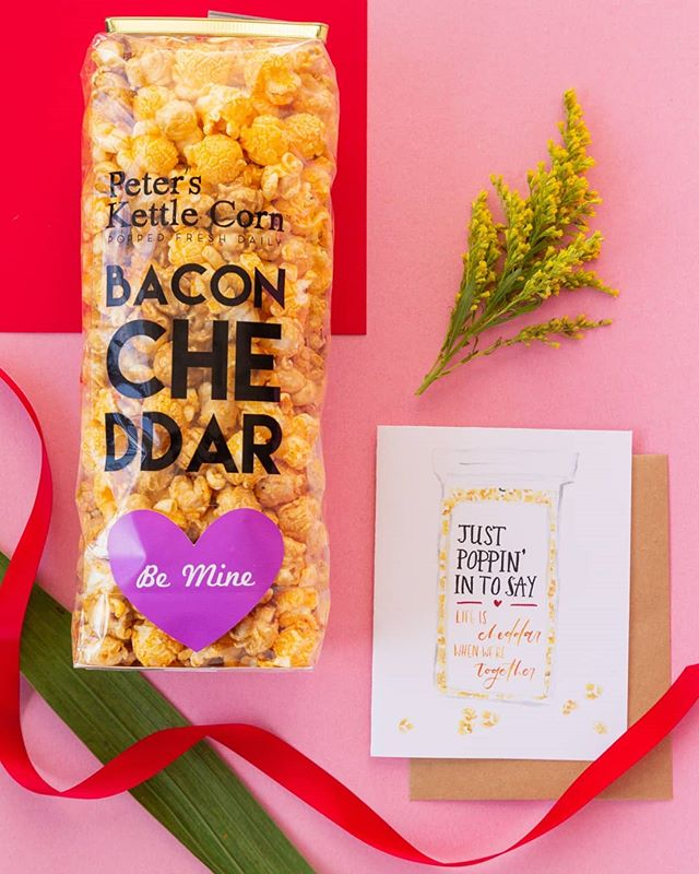 Popcorn   chocolate ! Why? 'Cause you can eat a whole bag and not regret it. 😅🥰 •••• I had the pleasure of collaborating with @peterskettlecorn to bring you a one stop shop for love week! If you're in the East Bay, head on in to @peterskettlecorn to grab freshly popped artisan popcorn and a punny card to match for your val/gal-entine!  You can even pre-order a bouquet from @helloflowersshop !  In the midst of a very commercialized  holiday, thank you for showing love to local small businesses. 🥰♥️ #shoplocal ••••