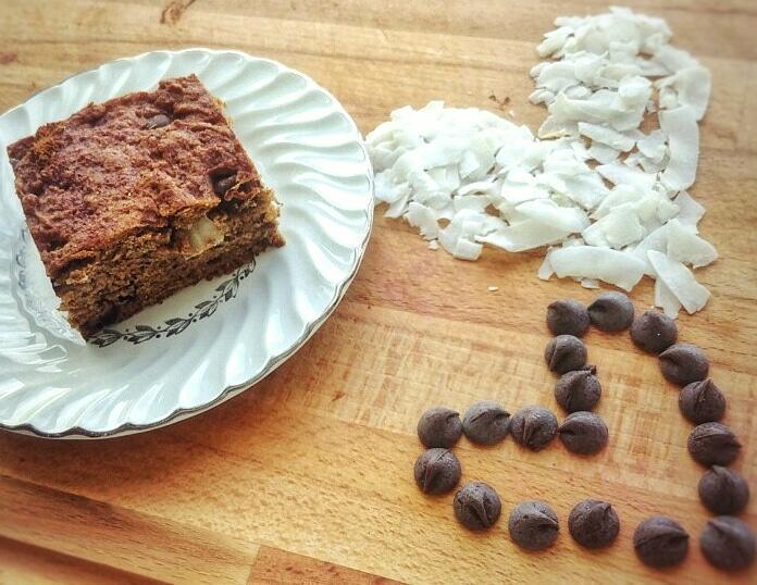 coconut-chocolate-chip-banan-bread.jpg