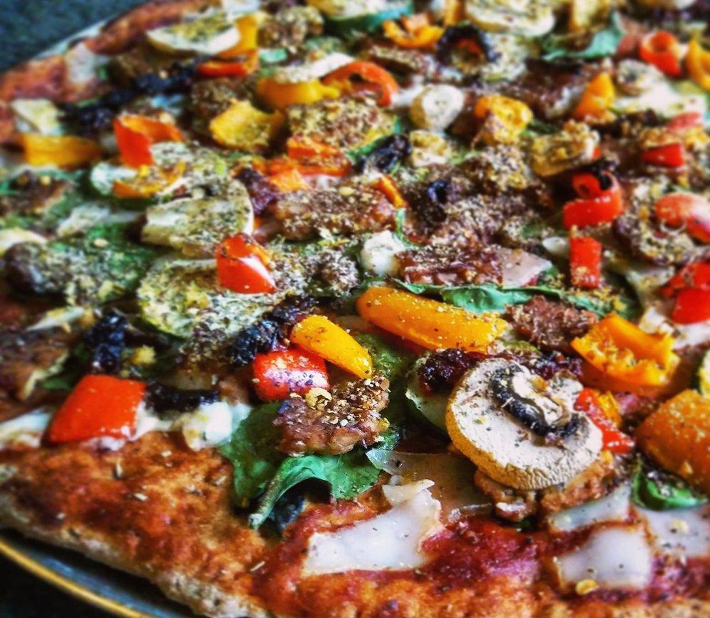 easy vegan pizza.jpg