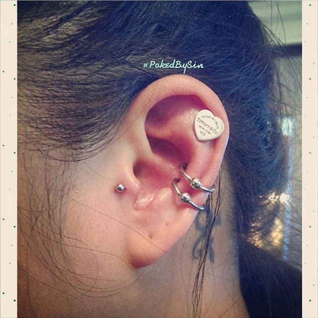 Double Conch $100 2.jpg