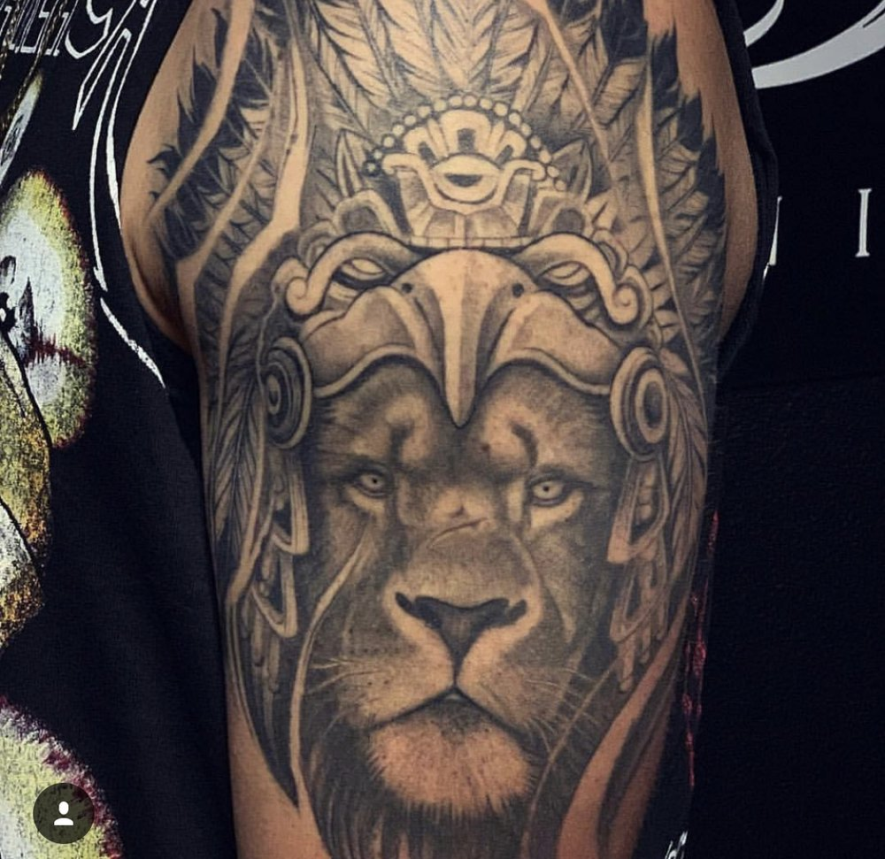 15 Lion.jpg