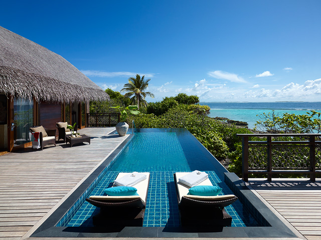 Tree House Villa deck and infinity pool .jpg