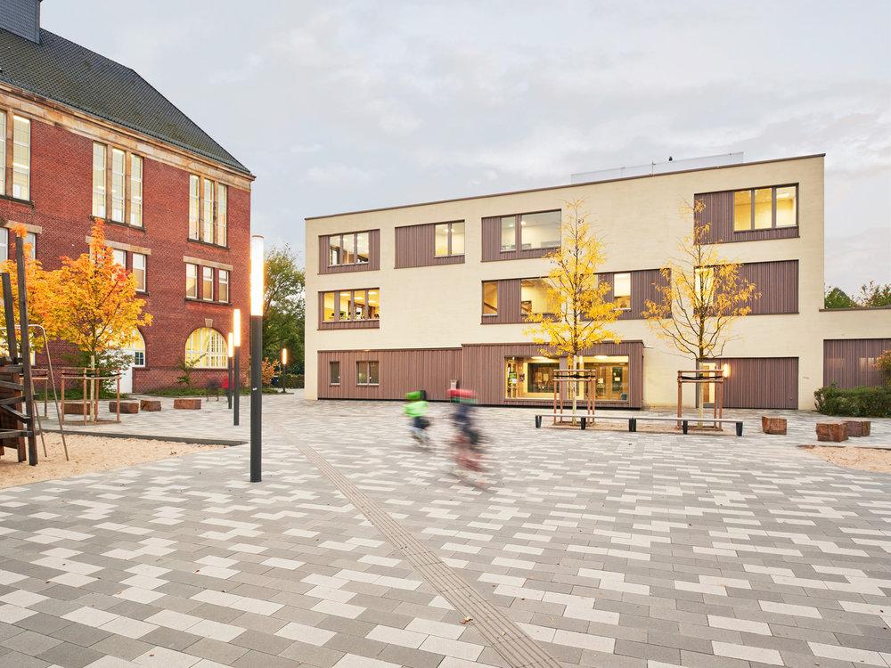 Architekturfoto: Schule am Leibnizplatz, gruppeomp architekten